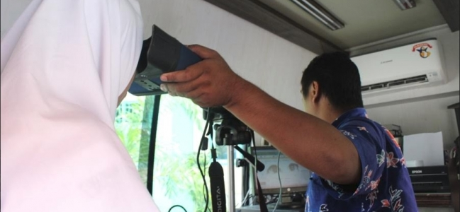Disdukcapil Kota Tegal Jemput Bola Perekaman KTP El ke Sekolah
